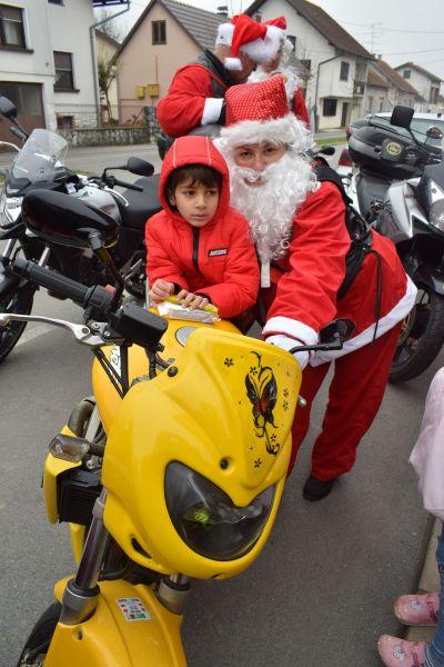 Moto Mrazovi